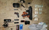 Rivera_ detenido por transportar armas de fuego.